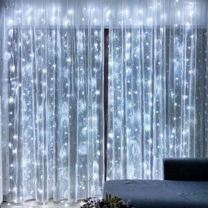 Светодиодная гирлянда - интерьерная штора белая
